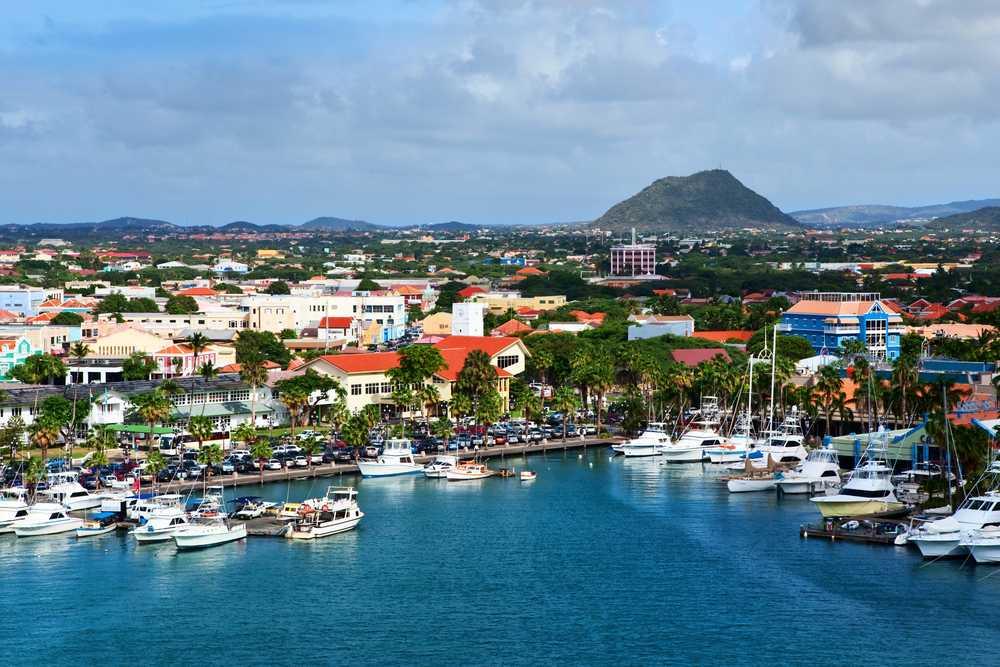 Traslado Aeroporto/hotel (ou vice-versa) em ônibus - Aruba - Privativo