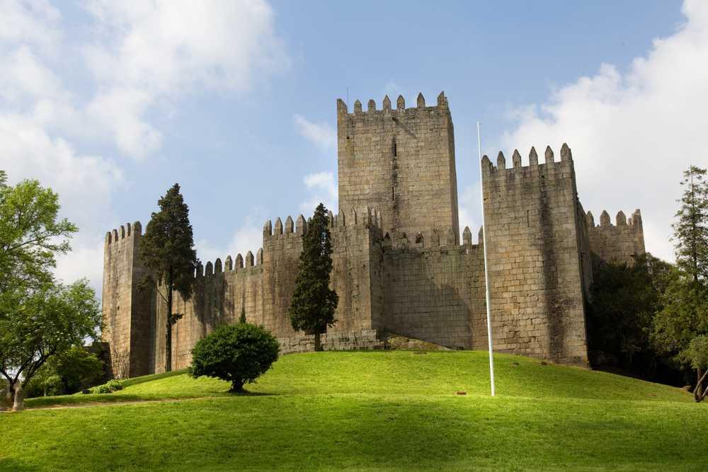 Braga e Guimarães | Tour Regular de Dia Inteiro com Almoço (saída do Porto)