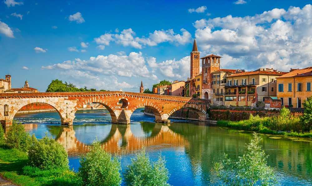 Itália Romântica: Verona, Vinhos, Lago e Alpes - ST03