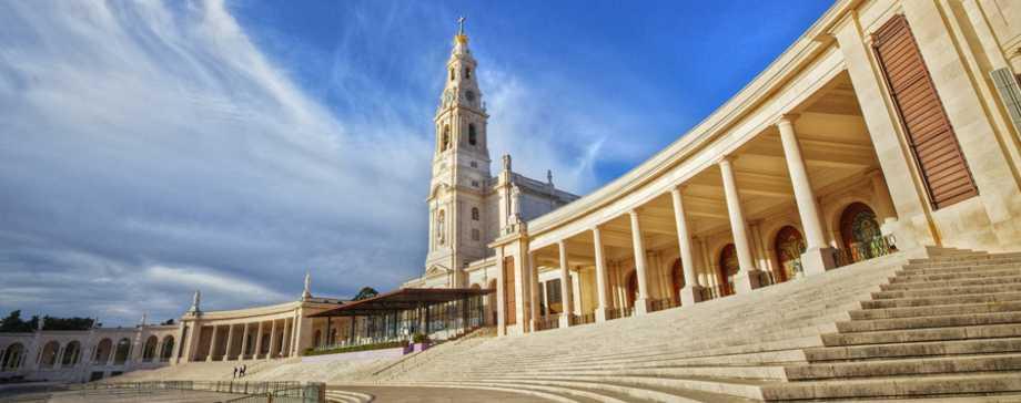 Coimbra e Fátima | Tour Regular de Dia Inteiro com Almoço (saída do Porto)